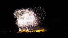 Carcassonne - 14 juillet 2016 (FGuillou) Tags: france night firework fte francia carcassonne feu dartifice 14juillet armistice nationale frane  prancis senjata armisticio gencatan