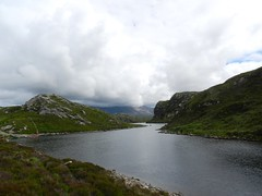 Loch na Thull, North West Sutherland, July 2016 (allanmaciver) Tags: loch na thull clouds mountains rugged north west scotland dark stretch distance roadside view allanmaciver