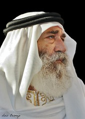 El Jeque (Luis Bermejo Espin) Tags: luisbermejoespín travel islam islamismo mundoislámico rostrosdelislam musulmanes muslins mahoma corán jeques rostrosdelmundo rostros retrato retratosdelmundo portrait