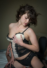 That's more like it... (Stinger Murphy) Tags: glamour boudoir