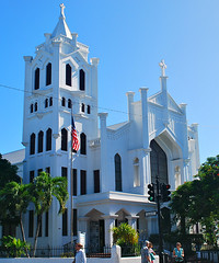 Key West (Florida) Trip 2015 0456Ri 5x6 (edgarandron - Busy!) Tags: building church buildings keys florida churches keywest floridakeys duvalstreet stpaulsepiscopalchurch