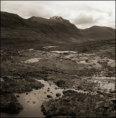 torridon (stormiticus) Tags: blackandwhite bw film analog rolleiflex mediumformat scotland highlands mf torridon 28e
