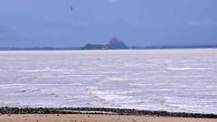 Am Strand von Saint Jean le Thomas (juliane.herrmann) Tags: video montsaintmichel plage brandung wellen saintjeanlethomas meer meeresrauschen tombelaine vogelschutz