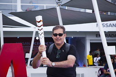 ME. (Carlos Vieira.) Tags: olympictorch