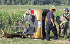 Vehicle rollover w/ entrapment in West Lincoln (Shane Murphy - Photojournalist) Tags: rollover mva mvc collision crash west lincoln ontario rural road extrication entrapment jaws life firefighting