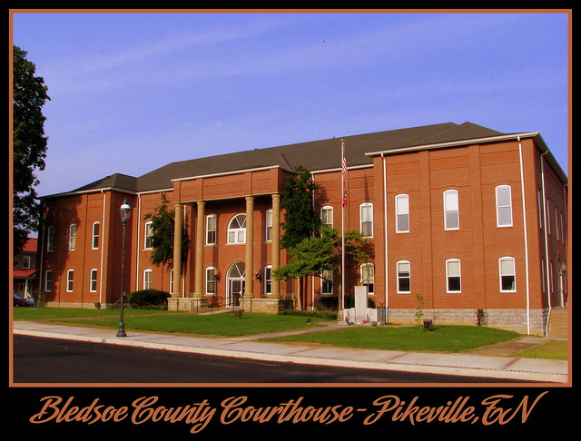 For Sale: TN Courthouse Postcard Collection: Bledsoe