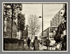 Euston Rd, London (Solas beag) Tags: bus london candid 28mm streetphotography pedestrian stpancrashotel eustonroadlondon ricohgrdiv silverefexpro2 ricohgrd4