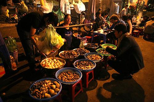 4(thưởng thức vị đêm Đà Lạt tại chợ Âm Phủ)