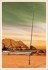 Abandon (GilDays) Tags: sea espaa mer beach nature spain sand nikon sable espana espagne plage santander cantabria elsardinero d810 cantabrie nikond810 esimo0415