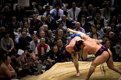 Sumo in Osaka-15 (Rodrigo Ramirez Photography) Tags: japan amazing traditional professional tournament osaka sumo yokozuna ozeki makuuchi hakuho sumotori sumotournament maegashira reikishi harumafuji topdivision