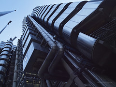 D3043305 (Concert Photography and more) Tags: city england urban building london lights cityscape dusk steel united pipes tubes kingdom wideangle structure lloyds 2011