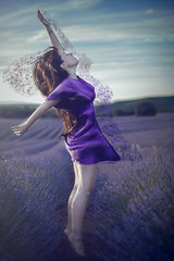 Ethereal (pasotraspaso. Jesus Solana Fine Art Photography) Tags: lavanda lavender lady jump salto purple violeta fineart photography beauty freedom libertad etheral etreo