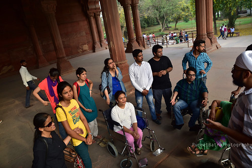 A little history session at the Red Fort. Our expert giving a brief session on history of the fort.