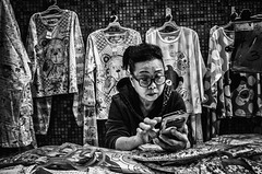 (Kunotoro) Tags: china street city b people urban bw woman black streets monochrome asian photography hongkong bay blackwhite asia central chinese streetphotography streetlife soe bnw m240 asiapeople stphotographia streetpassionaward blackwhitepassionaward