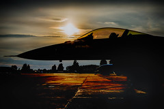 F-16 Sunset (Lee532) Tags: f16 fightingfalcon falcon aircraft aeroplane jet fighter sunset sun set military aviation nikon d610 nikkor 2470mm