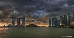 Storm Ahead (spintheday) Tags: singapore singaporeriver marinabaysands marinabay merlion centralbusinessdistrict artsciencemuseum storm cloud rain weather nature
