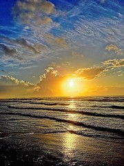 Rise (johnnyp_80435) Tags: malaquite ocean sunrise seashore gulfcoast texas nationalseashore padreisland