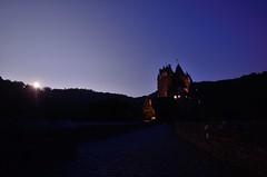 Burg Eltz im Mondschein (MichielSt) Tags: moon night mond nacht schloss burg nachtaufnahme moonshine eltz mondschein wierschem