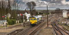 Freight liner Class 66/5 no 66509 passes through Barnetby on 24-03-2015 with a light engine move to Immingham (kevaruka) Tags: uk greatbritain england cloud sun color colour colors sunshine station clouds composition train canon photography eos march spring flickr colours shadows cloudy unitedkingdom shed rail railway sunny trains db lincolnshire trainstation 5d locomotive frontpage semaphore sunnyday dbs signalbox 1635 eosdigital cloudyday freightliner 2015 class66 canon100400l coaltrain railfreight barnetby 66509 dbschenker canon5dmk3 5dmk3 5d3 eos5dmk3 5diii 24032015 thephotographyblog canon70200f28ismk2 canoneos5dmk3 photting dbreilfreight ilobsterit