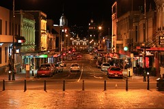 The Octagon (Dunedin) (fotoeins) Tags: travel newzealand night canon eos nightlights southisland otago dunedin aotearoa xsi canonef50mmf14usm theoctagon eos450d henrylee 450d fotoeins myrtw henrylflee fotoeinscom