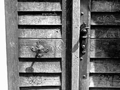 Sieh an, o Mensch, wie Gott (amras_de) Tags: door puerta franconia porta porte ate franken kapi tr uks deur franky doras aschaffenburg tre drr dr ovi drzwi frankonia franke vrata franconie hur ajt pordo dvere durys durvis nilkheim ianua francnia francnia frankonio frangimaa frankonija frankfld