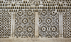 Cairo Fustat Mosque of Amr ibn al-As Niche External Stucco (Bruce Allardice) Tags: egypt cairo stucco amribnalas mosqueofamribnalas
