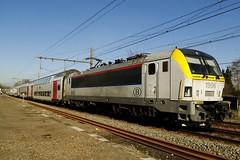NMBS Locomotive N 1906 with a double decktrain. (Franky De Witte - Ferroequinologist) Tags: de eisenbahn railway estrada chemin fer spoorwegen ferrocarril ferro ferrovia