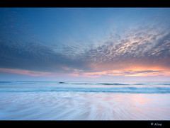 movement of the sea (Just me, Aline) Tags: longexposure sunset sea beach strand zonsondergang zee filter le lee camperduin langesluitertijd leefilter alinevanweert 9ndhardgrad