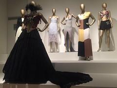 """Hilos de historias"" (c) Yolanda Morales #moda @FomentoCulturAC #artesanias #fotografa #indumentaria #MuseodeIturbide (YOLANDA MORALES) Tags: artesanias moda fotografa indumentaria museodeiturbide"