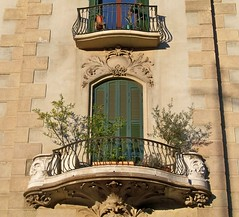 Spain (Barcelona) Beautiful balcony (ustung) Tags: barcelona architecture spain kodak balcony style