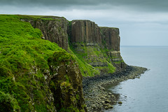 UK - Scotland - Isle of Skye - Kilt Rock [EXPLORED 2016-Jul-21] (Marcial Bernabeu) Tags: uk greatbritain sea skye rock scotland mar kilt isleofskye unitedkingdom united kingdom escocia cliffs isle isla bernabeu reino unido reinounido marcial acantilados kiltrock bernabu granbretaa isladeskye