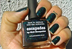 Escapades - Picture Polish (Raabh Aquino) Tags: unhas esmalte hologrfico verde teal nails nailpolish green holographic holosexual
