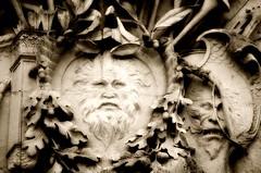 Garden Watchers (pjpink) Tags: historic historicroyalpalaces hamptoncourt gardens surrey england britain uk may 2016 spring pjpink greenman