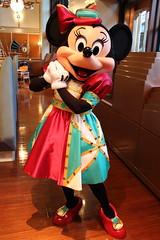 Minnie Mouse (sidonald) Tags: tokyo disney tokyodisneysea tds tokyodisneyresort tdr  minniemouse minnie  greeting horizonbayrestaurant