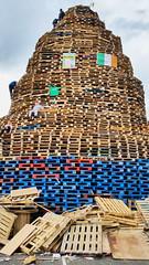 2016-07-11_18-42-58 (Colonel Matrix) Tags: belfast bonfire bonfirenight flag northernireland orangefest sandyrow twelfth gb