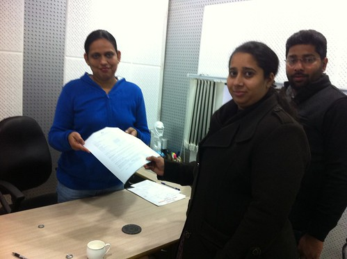 Manpreet Receiving her AUS PR visa from director