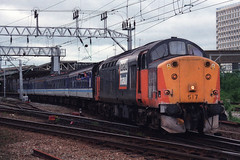 37517, Crewe, May 28th 1999 (Southsea_Matt) Tags: train railway crewe holyhead ews birminghamnewstreet diesellocomotive class37 regionalrailways 37018 loadhaul 37517