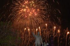 Disneyland Fireworks (GMLSKIS) Tags: disneyland disney amusementpark fireworks california partnersstatue waltdisney anaheim