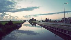 P1040404vf (hans fotografeert) Tags: sky holland dutch weather clouds landscape lumix panasonic today monnickendam dutchclouds lx3 theweathertoday dutchcloudsatmonnickendam