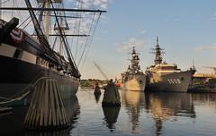 Warships Old and New (Gavin Edmondstone) Tags: baltimore warship ussconstellation asagiri kashima