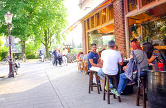 DSCF1390.jpg (amsfrank) Tags: amsterdam oost people candid summer sunshine amstel weesperzijde