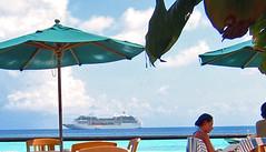 High noon cafe of Hotel KIAORA Tahiti Rangiroa (sapphire_rouge) Tags: france kiaora lagoon resort atoll rangiroa polynesia snorkeling タヒチ tahiti franchpolynesia 環礁 ランギロア ポリネシア atool polynésiefrançaise フレンチポリネシア island