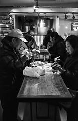 Lobster time, Chelsea Market, Manhattan, New York (Mathieu Cornillon) Tags: newyork nb kodaktmax400 argentique konicahexar étatsunis 24x36