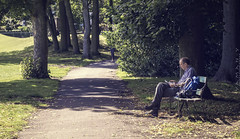 Reading at Endcliffe Park, Sheffield (Yaman Y) Tags: park uk trees england man tree green weather garden walking reading book amazing sheffield yorkshire books endcliffe endcliffepark yamany