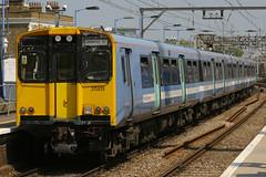 315819, Bethnal Green, June 4th 2010 (Southsea_Matt) Tags: station train railway emu class315 315819 greateranglia