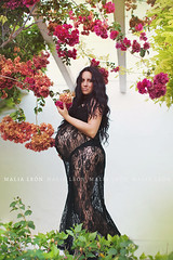 The life (Malia Len ) Tags: life pink flowers nature canon dress outdoor mam mother pregnant belly maternity vida vera vestido maternidad encaje blacknegro dadelos malialeon