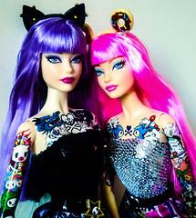 Tokidoki Barbie Twins (fabiopoptrash) Tags: barbie barbiecollector modelmuse tokidoki platinumlabel blacklabel mattel tattoos fabiopoptrash