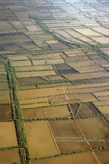 Flight to Lombok, rice paddies (blauepics) Tags: indonesien indonesia indonesian indonesische lombok island insel volcano vulkan meer sea mountain berg landscape landschaft clouds wolken fight flug aeroplane flugzeug rice paddies reisfelder arial view luftbild