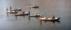 Southern Egypt Nile Fishing (Sascha Grabow) Tags: river rio egypt gypten fishing netfishing boot boote boats boat nil nile aswan assuan saschagrabow fluss strom stream wasser water dhows colorful arbeit work beschftigung traditional khne kahn fahrzeug vehicle vehicles     shore