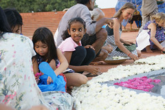 joy_at_work_5744 (Manohar_Auroville) Tags: sri aurobindo birthday auroville matrimandir urn amphitheatre decorations flowers beauty beauties girls manohar luigi fedele 15816